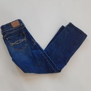 Abercrombie & Fitch girls straight leg blue jeans